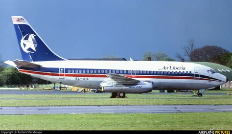 el ail air liberia boeing 737 200 at stansted photo id 703794 airplane pictures net