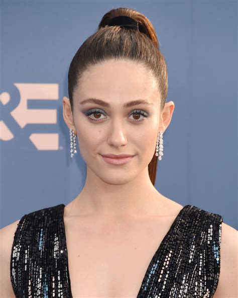 emmy rossum emmy rossum is fighting for equal pay on hit show