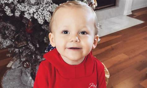 louis tomlinson child louis tomlinson s son freddie turns two years old