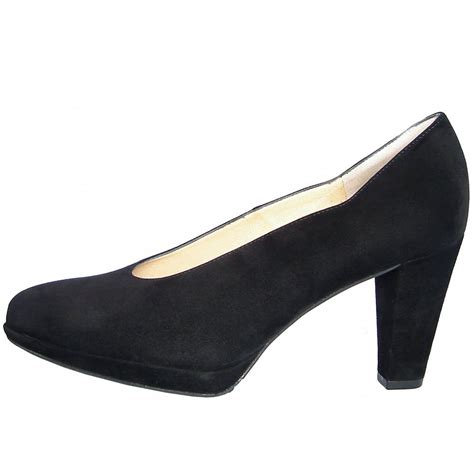 kaiser violetta classic high cut court shoes in