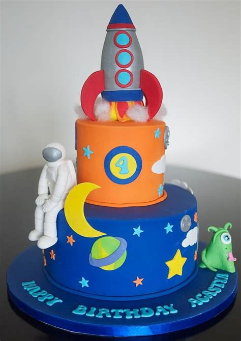 cakes in space 25 best ideas about rocket cake on rocket ship cakes space party and outer space party