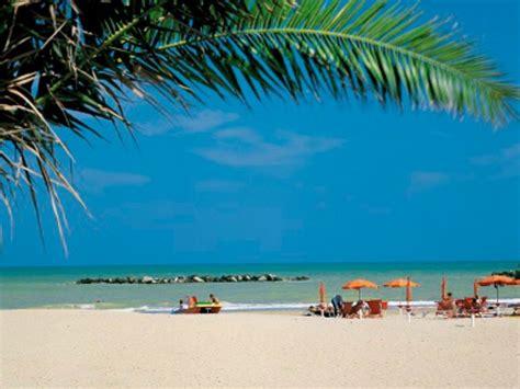 porto san giorgio spiaggia bandiere verdi 2016 le 11 spiagge per bambini delle