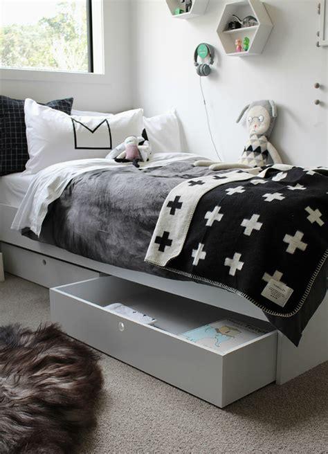 Karpet Gabus Anak kamar anak serba hitam putih kenapa tidak rooang