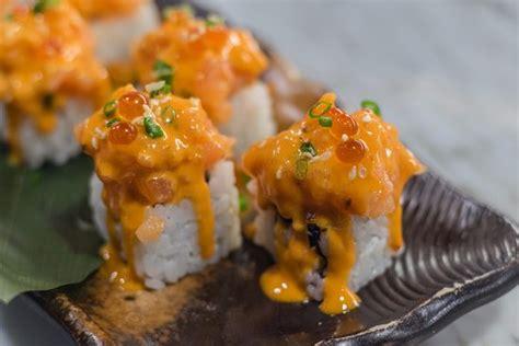 Spicy Skin Salmon 5ptg matsusaka sushi תמונה של seiryu sushi the mercury ville בנגקוק tripadvisor