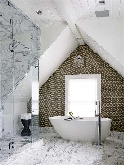 Bathroom pendant lighting modernizes victorian era home