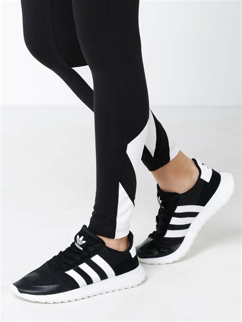 adidas womens flashback sneakers  black white