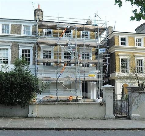 amy winehouse house amy winehouse s camden home is up for sale