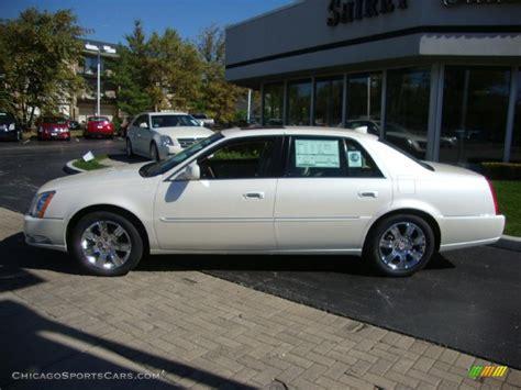 Cadillac Dts Platinum by 2011 Cadillac Dts Platinum In White Tricoat Photo