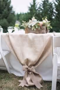 tisch mit tischdecke tisch decken mit sackleinen freshouse
