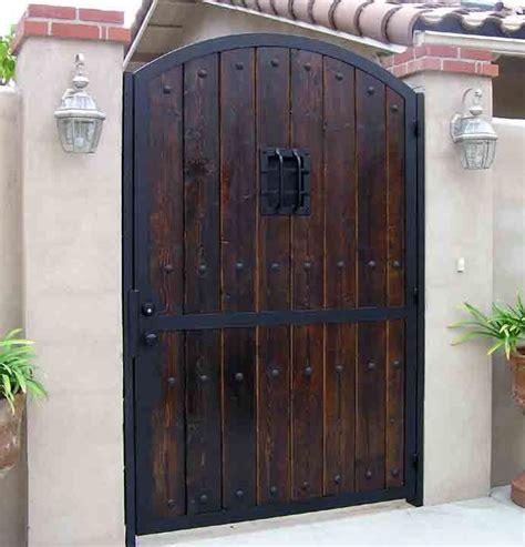 einfahrt gate designs holz 101 besten gates bilder auf einfahrt tor