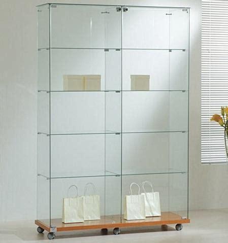 illuminazione economica vetrinetta economica con cristalli temperati di serie e