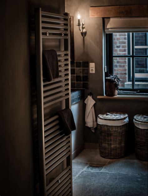 landelijke keukens en badkamers landelijke badkamer met een hoffz inrichting