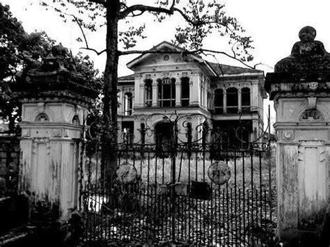 old mansions creepy old abandoned mansions abandoned mansions pinterest