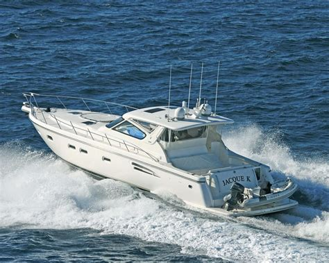 tiara express boats for sale 2001 tiara 5200 express power boat for sale www