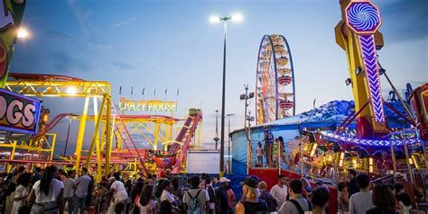 events toronto 71 amazing events and festivals in toronto to tackle this