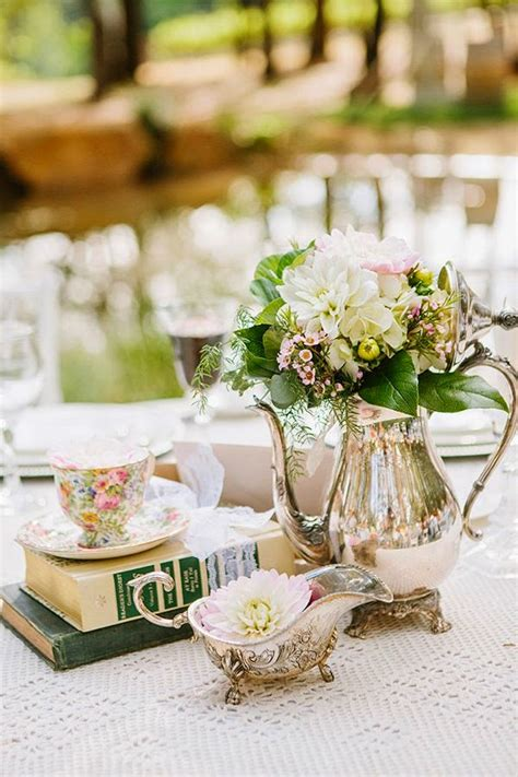 vintage wedding decor uk 20 inspiring vintage wedding centerpieces ideas