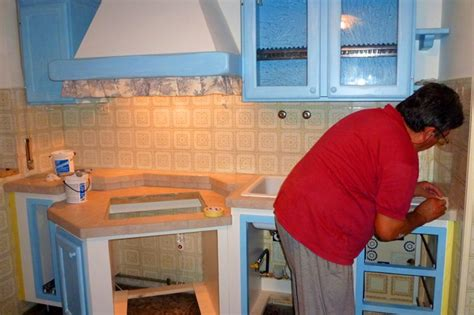 costruire una cucina in muratura cucine fai da te in finta muratura cucina rustica in