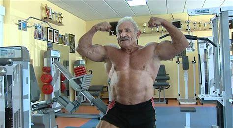 abuelos desnudos best review abuelo culturista youtube