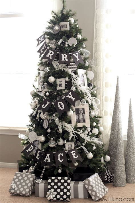 12 christmas tree decorating ideas silver christmas tree
