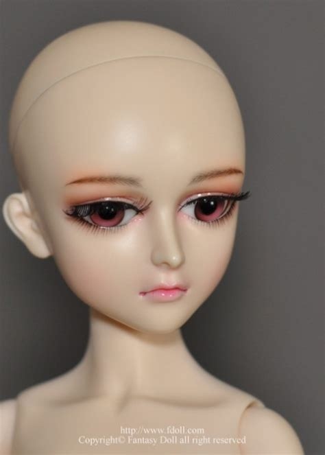 jointed doll eye putty lagina