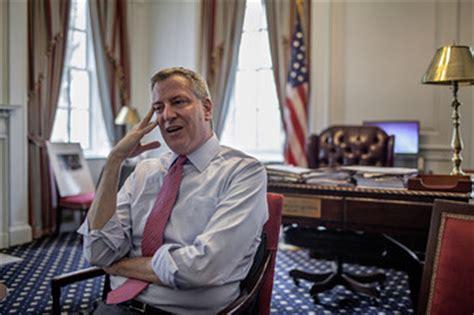 Mayor De Blasio Office by Mayor Bill De Blasio Releases His Tax Returns The