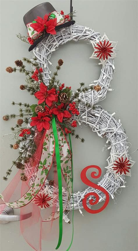 wreath decorations 25 unique grapevine wreath ideas on pinterest wreaths