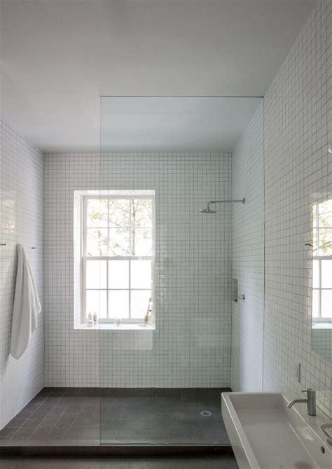 soluzioni doccia finestra nella doccia problemi idee soluzioni design