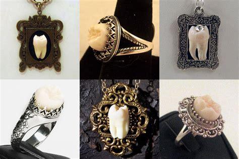 wear teeth  jewelry steal  style