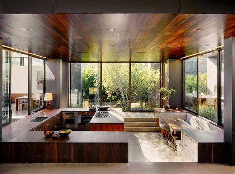 sunken kitchen vienna way residence i venice av marmol radziner sk 246 na