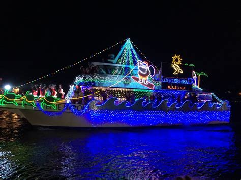 newport beach boat parade route and times palm beach holiday boat parade