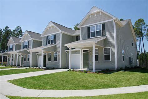Corvias Housing by Wl 64 Linden Oaks Junior Enlisted Model Home Fort Bragg Nc 28307 Circlepix Presentation Tour