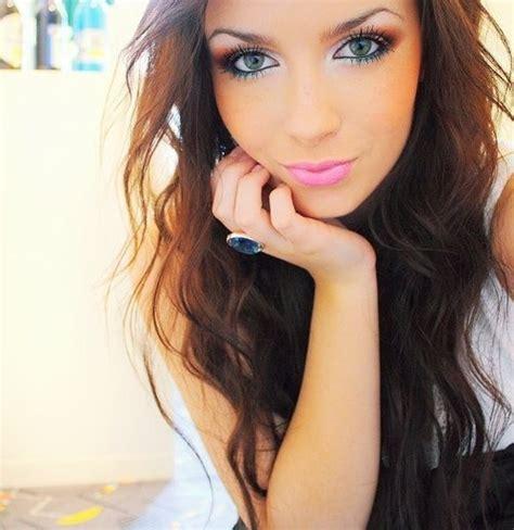 hair and makeup tumblr beautiful girl curly hair green eyes park image