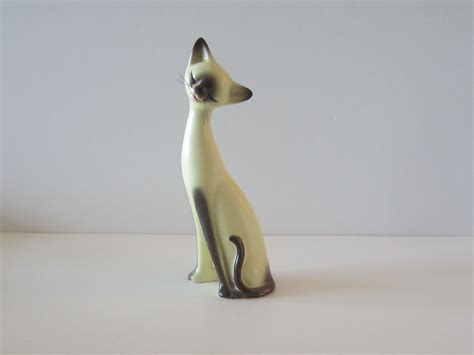 Ceramic Salt And Pepper Shakers Vintage Ceramic Siamese Cat Figurine By Pinkpareevintage