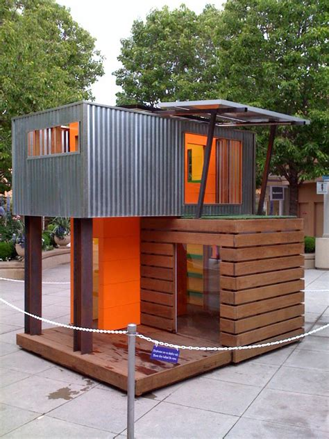 playhouse dwell com legehus play house on pinterest play houses modern