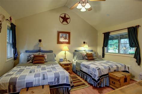 utah bed and breakfast canyons bed breakfast escalante utah