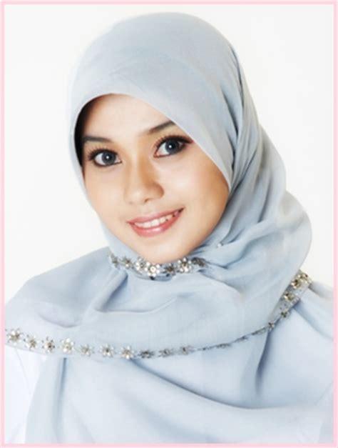 contoh kreasi model jilbab cantik