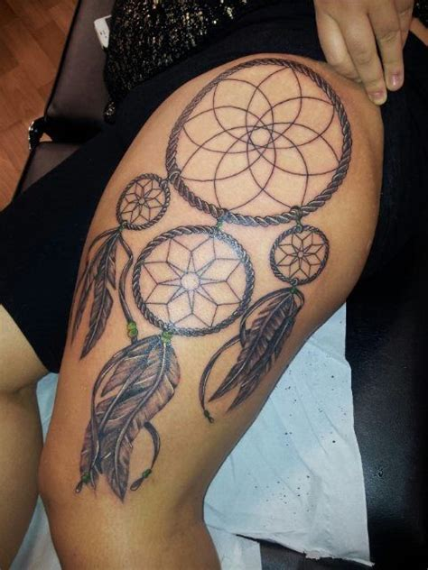 small leg dreamcatcher tattoo dreamcatcher thigh tattoo tatted up pinterest