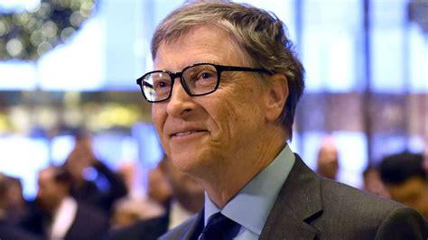 bill gates biography bbc bill gates tops forbes rich list but trump s wealth slips