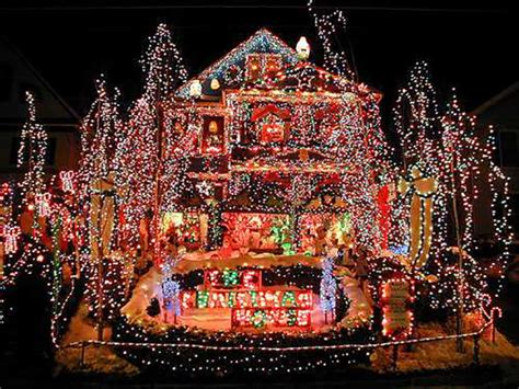 best holiday light show crazy christmas lights 15 extremely over the top outdoor