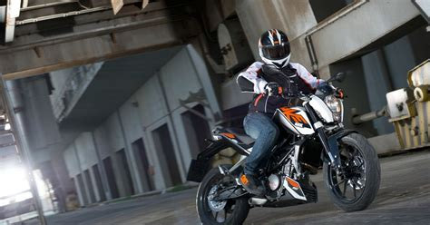 KTM 125 Duke review: Smooth choice for the newbie   Geoff