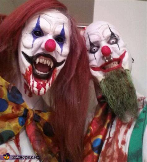 Kitchen Devil Knives evil killer clowns couple s halloween costume photo 5 5