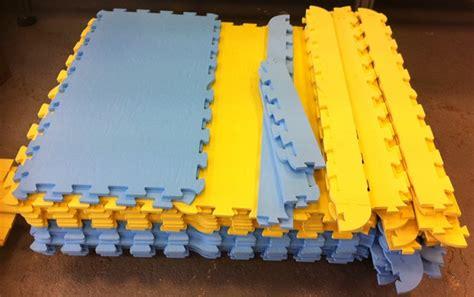 tappeti antitrauma pavimentazione antitrauma per esterni e interni a prezzi