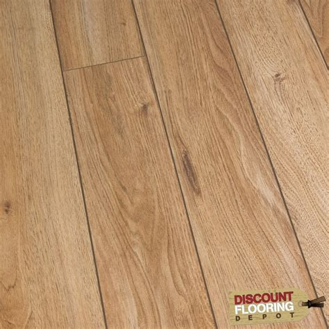 10mm Laminate Flooring by Premier Oak 10mm Laminate Flooring V Groove Ac4 1 121m2