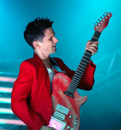 matt guitar matt bellamy y su nuevo juguete knightofcydonia s weblog