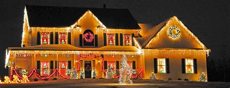 professional christmas light installation choosing a christmas lights installation service