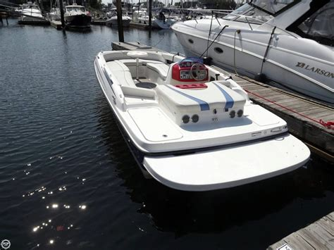 craigslist used boats fairfield county 2006 used bayliner 197 sd deck boat for sale 13 000