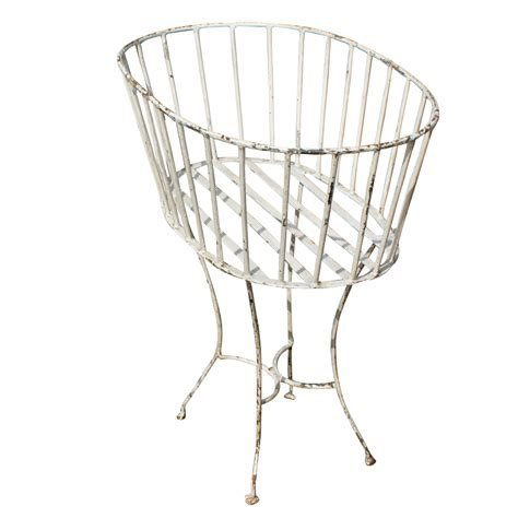 Garden Planter Stands by 26 Quot Vintage Wrought Iron Garden Planter Metal Basket Plant