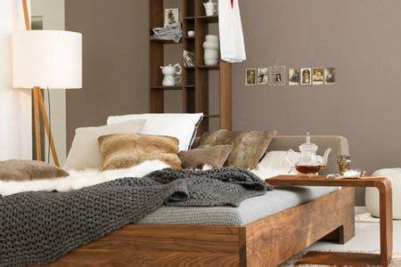 grau braun wandfarbe farbe grau gr 252 n braun wohnen und einrichten mit
