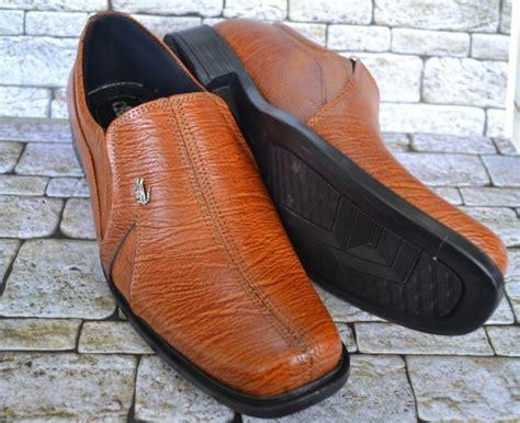 Sepatu Pantofel Crocodile Swedia Black Kulit Asli jual sepatu kulit pria asli murah