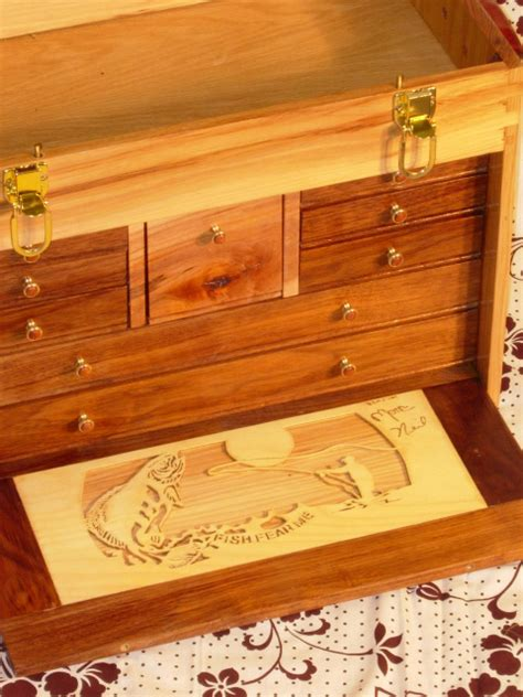 fly tying chest